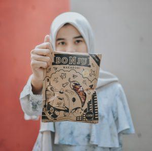 Makaroni Bonju | 5 Keuntungan Strategi Penjualan Online Shop dengan Endorsement